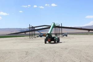 putting up trusses on hay barn 02