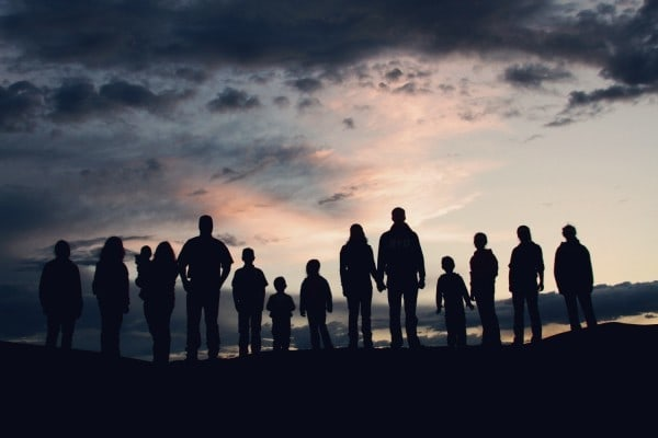 resized Family Silhouette 02